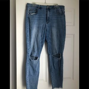 Refuge High Waist Jeans